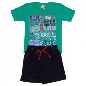 conjunto menino camiseta verde e shorts de moletinho preto 7471c 01